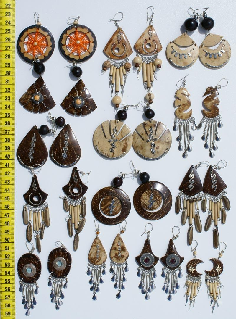 Aretes de Coco y Semillas, Artesanía de Ecuador Aretes De Coco