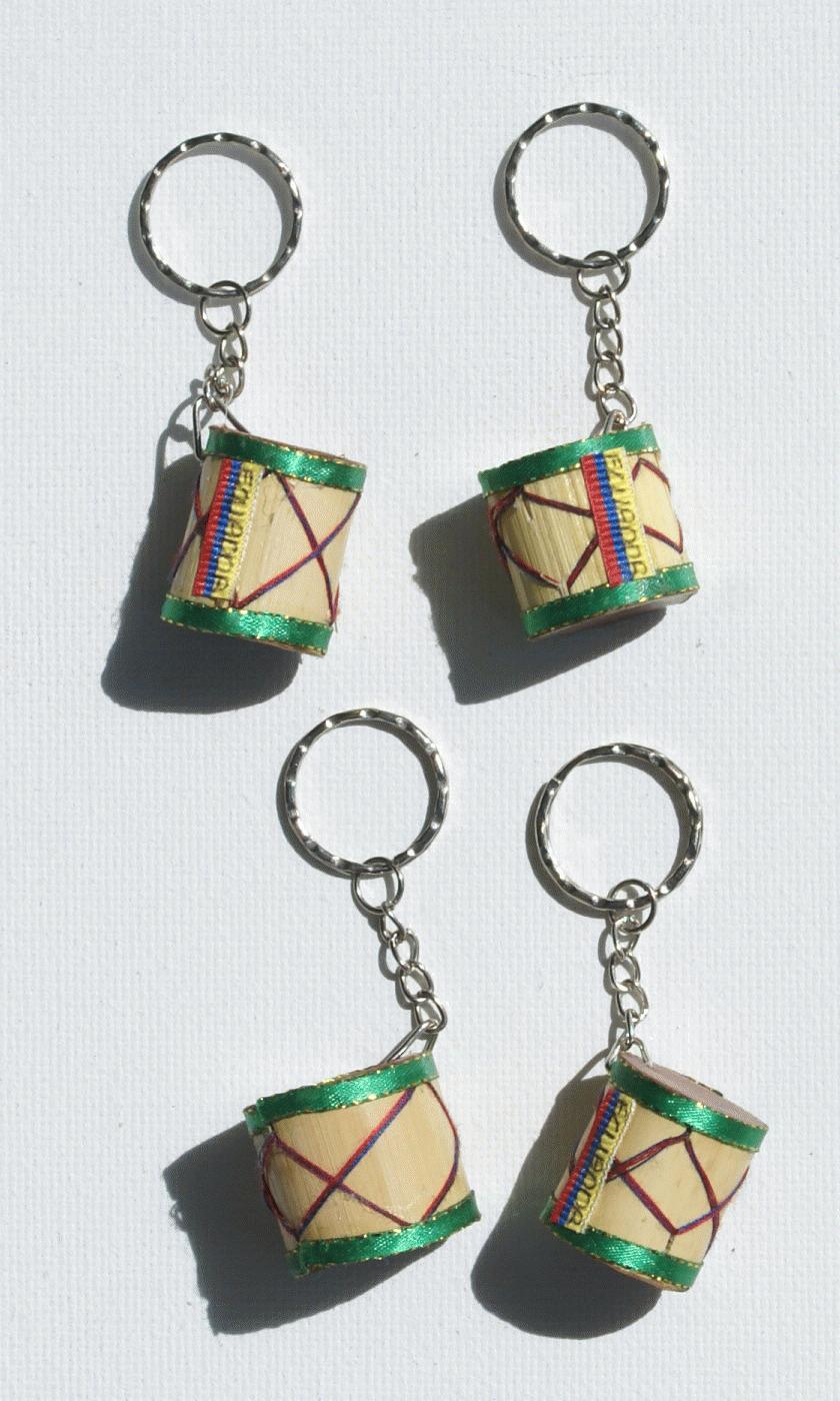 Porte cl s de tambour artisanat de l 39 equateur for Porte tambour