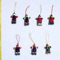 Puppen aus Tagua gemacht