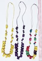 Colliers de perles de tagua