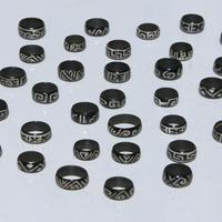 Tagua anéis pretos