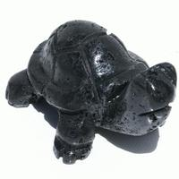 Tortuga de piedra volcánica