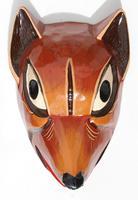 Masque en bois chien