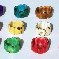 Pulseras de tagua hechos a mano